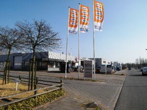 Reinders Rekreatie Leeuwarden inrit showroom