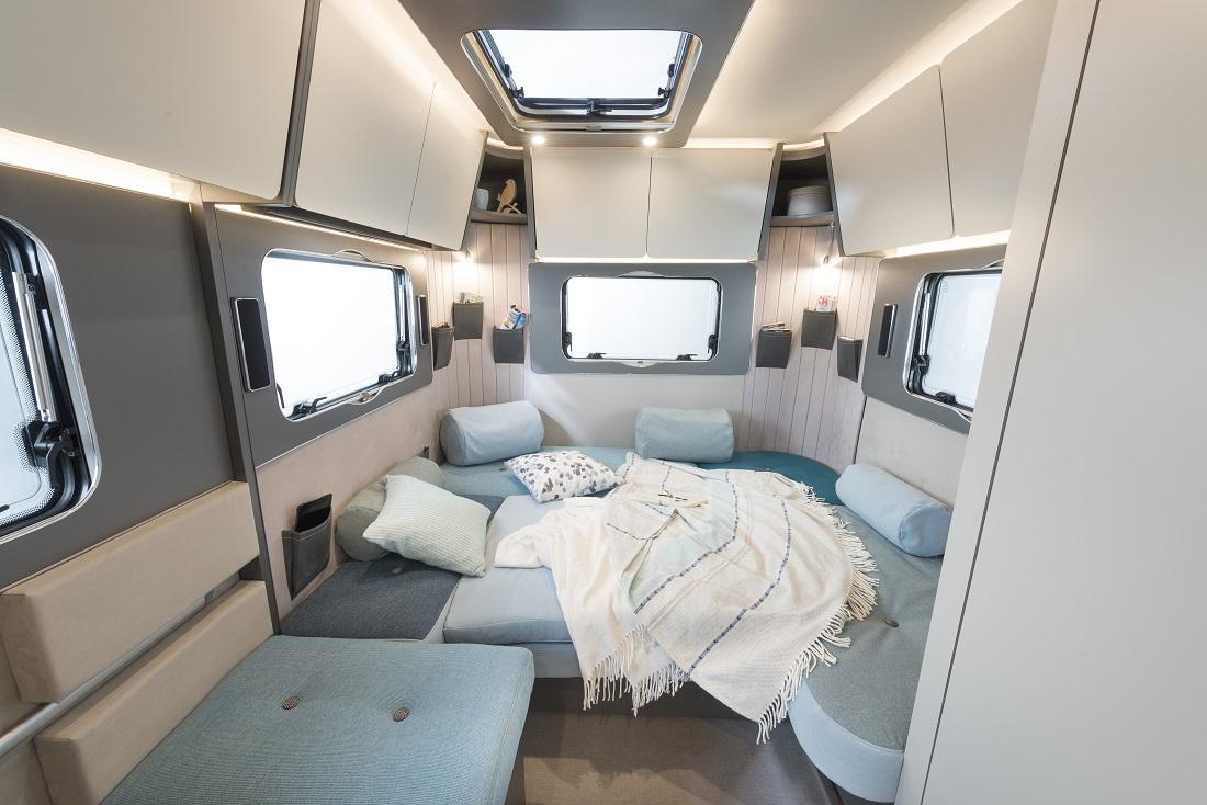 De Dethleffs Coco, ultralicht, multifunctioneel en mooi, caravan van ...